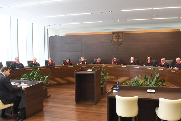 Ústavný súd.