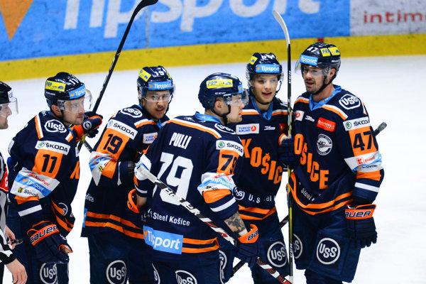 Košickí hokejisti ťahajú doma 4-zápasovú sériu prehier.