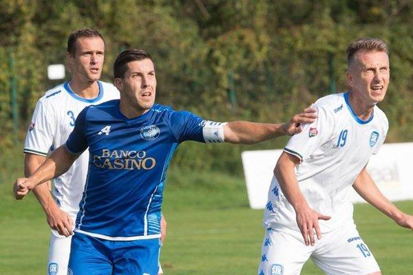 Patrik Zajac (v modrom) po štyroch rokoch v Lokomotíve Košice končí, klub s ním už ďalej neráta.