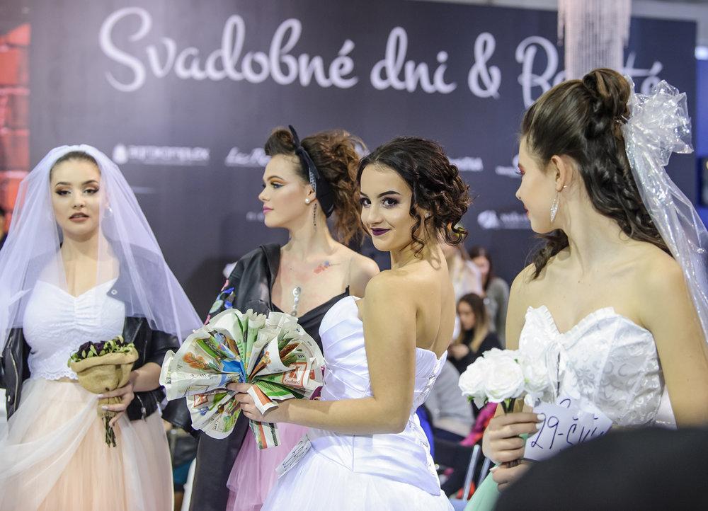 cb45b4068c90 Účastníčky súťaže Naj nevesta počas jubilejného 10. ročníka svadobnej  výstavy Svadobné Dni a Beauté 2019.