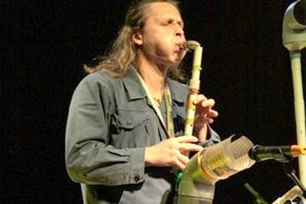 Priemyselno - robotnícky folklór.Vrbovskí víťazi boli top kapelkou tohtoročnej Rockovej Ilavy.