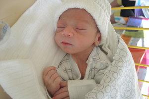David Rác (2280 g, 45 cm) sa narodil 20. januára Klaudii a Ivanovi z Nového Mesta nad Váhom.
