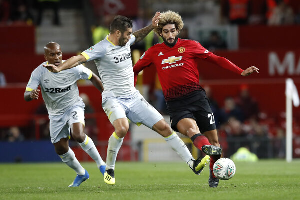 Marouane Fellaini (vpravo) v drese Manchestru United.