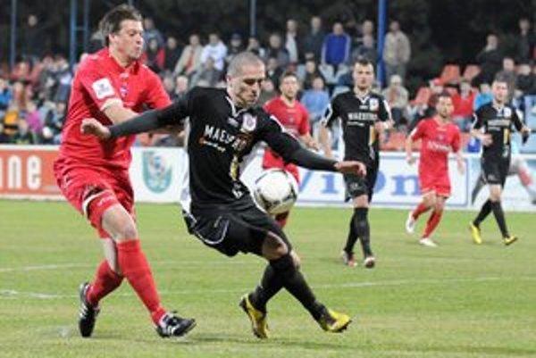 Futbalisti MFK Ružomberok v 23. kole Corgoň ligy vyhrali v Zlatých Moravciach 5:3, keď v 65. min viedli už 5:1.