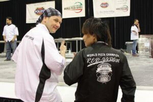 Dvaja najlepší pizziari na svete. Marián Lorenčík je vľavo.