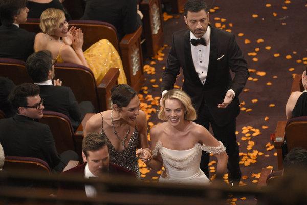 Jimmy Kimmel robil na Oscaroch dobrú šou.