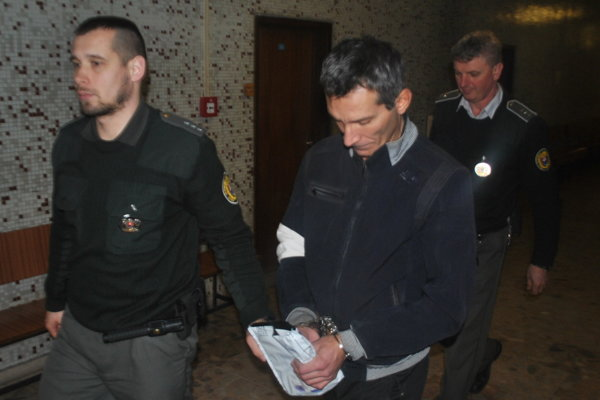 Michal na súde, odtiaľ ho odviedli do výkonu trestu.