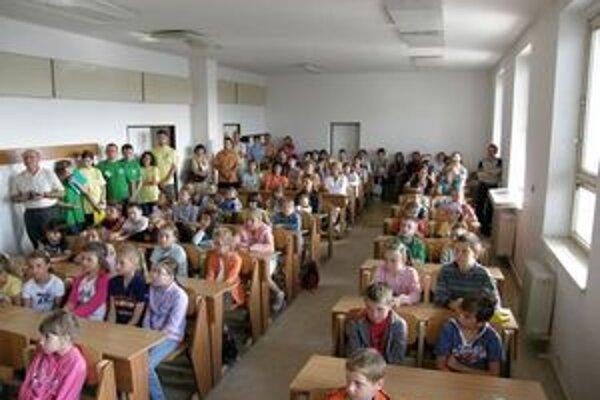 Detské univerzity v Ružomberku aj v Liptovskom Mikuláši otvorili svoje brány pre malých vysokoškolákov.