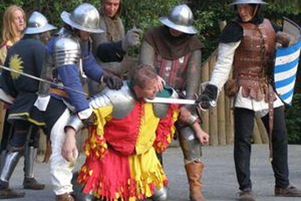 Keď kráľovskí vojaci  dobyli Likavský hrad, husitského veliteľa nemilosrdne sťali.