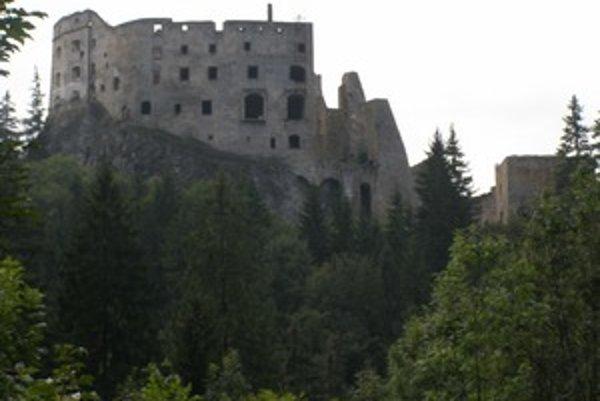V rámci Likavských hradných slávností 29. augusta, ale aj počas celej sezóny, si  môžu  návštevníci hradu Likava  prezrieť expozíciu Dejín hradu Likava  vrátane novej, doplnenej  druhej časti, ktorá bola sprístupnená v júli tohto roku.