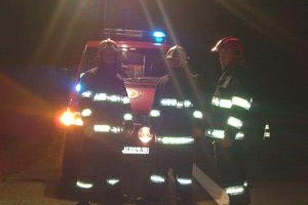 Pri tragickej nehode zasahovali traja hasiči z útvaru v Liptovskom Hrádku.