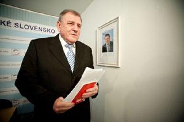 Na sneme nebude chýbať ani predseda strany Vladimír Mečiar.