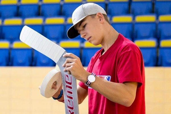 Šimon Latkóczy patrí medzi najväčšie slovenského hokejové talenty.