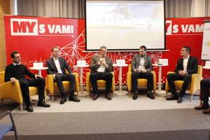 Diskusia s predsedom TSK Jaroslavom Baškom.