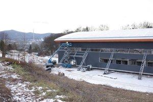 Zimný štadión chcú dokončiť na jar.
