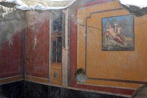 Nádvorie domu, na ktorom archeológovia objavili fresku.