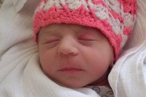 Nela Mária Briššová sa narodila ako prvé bábätko rodičom Nikole a Dávidovi z Mutného. Na svet prišla 12. februára, vážila 2800 g a merala 47 cm.