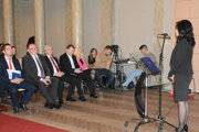Vystupujúcich kandidátov si vypočul aj predseda KSK Trnka.