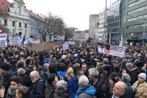 Protest na námestí SNP v Bratislave.
