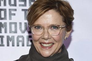Annette Bening síce zažiarila vo filmoch Švindliari (1990) Americká krása (1999), Božská Júlia (2004), Decká sú v pohode (2010), no Oscara doposiaľ nevyhrala.