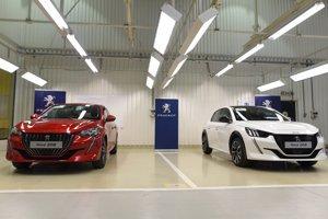 Automobilový priemysel je pre Slovensko dôležitý.