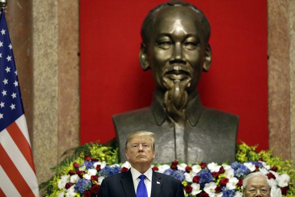 Donald Trump vo Vietname.