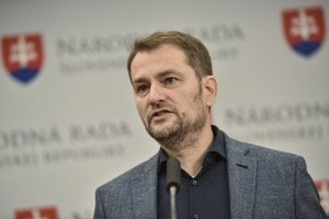 Na snímke poslanec NR SR a predseda strany OBYČAJNÍ ĽUDIA a nezávislé osobnosti (OĽaNO) Igor Matovič počas tlačovej konferencie ku kandidatúre do EP.