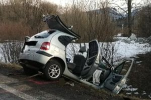 Vodič tohto auta nemal šancu prežiť prudký náraz.