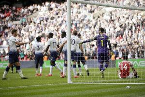 Momentka zo zápasu Tottenham - Arsenal Londýn.