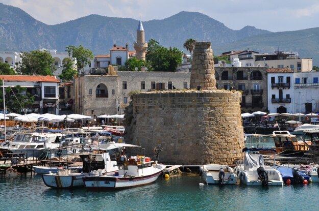 Prístav v Girne