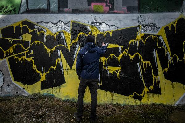 Graffiti komunita môže voľne tvoriť v priestoroch Janíkovho dvora.