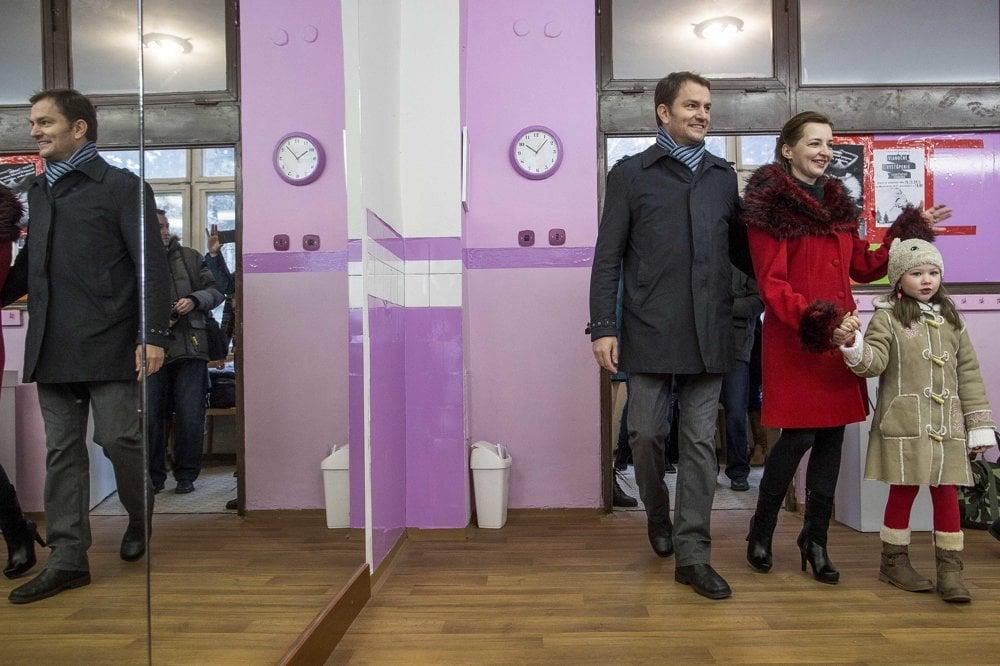 Šéf OĽaNO Igor Matovič volil v rodnej Trnave spolu s rodinou.