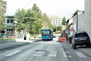 Cez Stavbársku ulicu neprejdete sedem dní.
