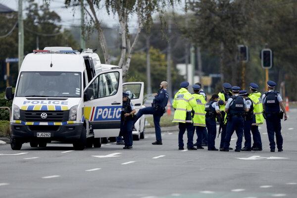 Nasadenie polície po útoku v Christchurchi na Novom Zélande, ktorý spáchal Austrálčan.