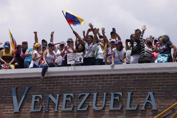 Podporovatelia Juana Guaidóa.
