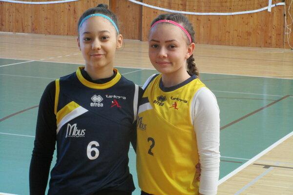 Hnúšťanky Kristína Sojková (vľavo) a Kristína Svinčiaková.