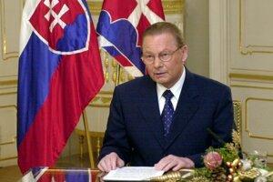Rudolf Schuster sa stal slovenským prezidentom v roku 1999.