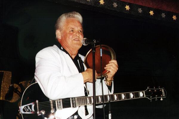 Billy Adams na fotke z roku 2002.
