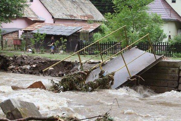 Stačilo pol hodiny a dedina bola pod vodou.