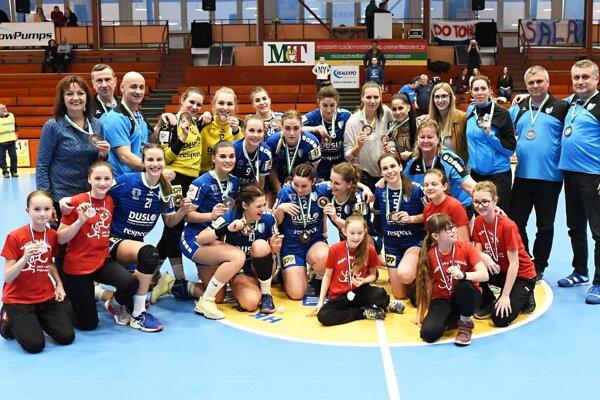Šalianky získali bronzové medaily v MOL lige.