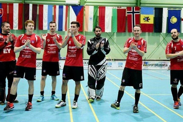 Florbalisti Trenčína postúpili do finále extraligy.