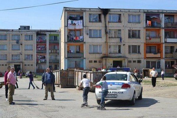 Rómske hliadky spolupracovali aj s mestskou políciou.