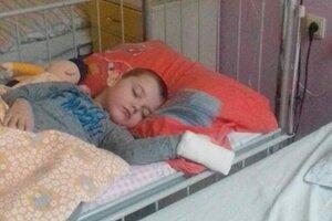 Pred Vianocami bola mamina zúfalá. Jožko skončil po epileptickom záchvate v nemocnici.