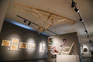 Z výstavy Nebáť sa moderny!, ktorú Múzeum dizajnu pripravilo na bratislavskom hrade.