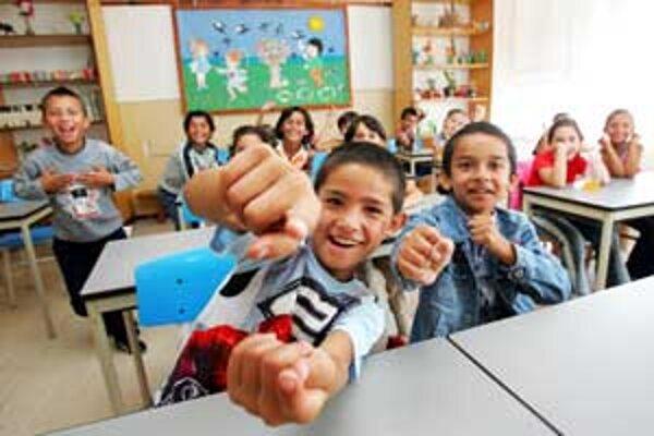 Vzdelávanie Rómov skúmali v dvoch anonymných okresných mestách.