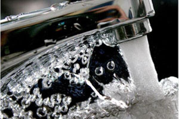 Formou hry deti spoznávajú prirodzený kolobeh vody v prírode.