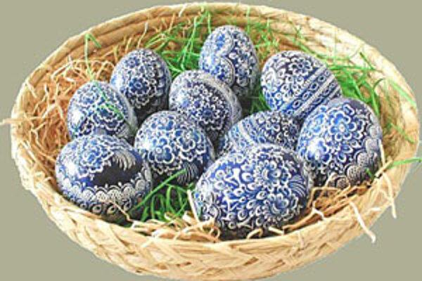 Farbené a ozdobované vajíčka majú starú a bohatú tradíciu nielen u nás, ale u všetkých slovanských národov.