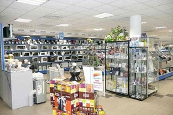 K stabilizácii predaja došlo aj v oblasti bielej techniky, najmä pračiek a chladničiek.