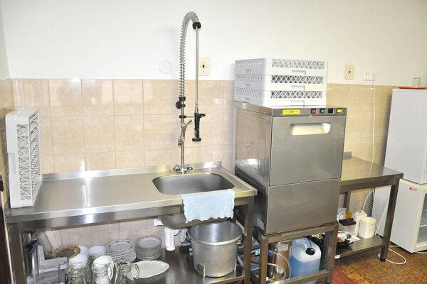 Obec investovala do vybavenia školskej kuchyne tisíce eur, teraz je nevyužitá.