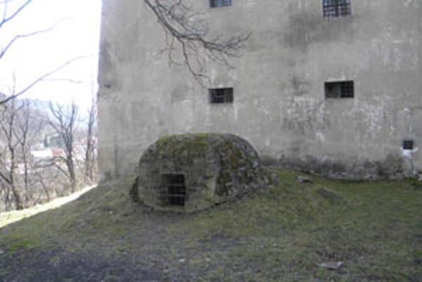 Starodávna chladnička je hlboká okolo dvanásť metrov.